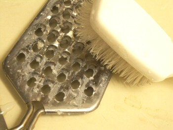How To Properly And Quickly Clean Your Cheese Grater